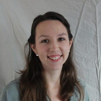 Auf dem Bild ist Leonie Röthlisberger zu sehen, die bei der databinding GmbH arbeitet.